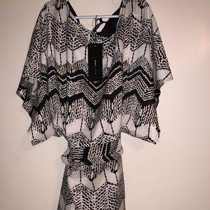 BCBGMAXAZRIA  stunning dress size XS - BNWT